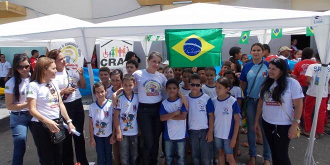Equipes do CRAS fazem campanha para o desarmamento infantil