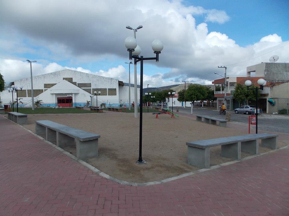 Praça Padre Cícero já está 100% concluída. (Foto: Adelino Silva - Ascom/PMC)