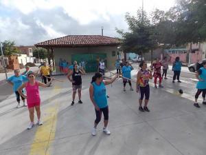 Todos os dias, público conta com aulas de educação física. (Foto: Adelino Silva - Ascom/PMC)