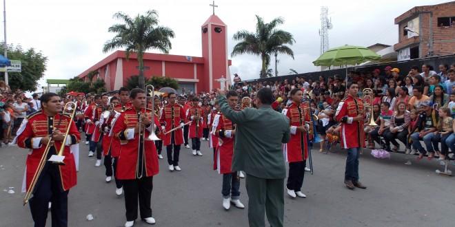 Desfile Cívico 07 de Setembro, Comemorações à semana da Pátria