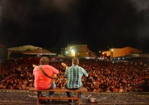Festividades de Santos reis 2014, show de César Menotti & Fabiano em praça pública.