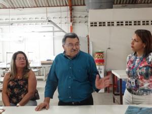 José Ricardo de Araújo Visita comemoração da conclusão do curso, no CVT.