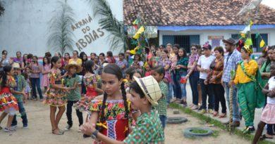 Rede de ensino municipal homenageia artistas do forró, locais e regionais