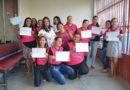 CVT entrega certificados para concluintes do curso de costura