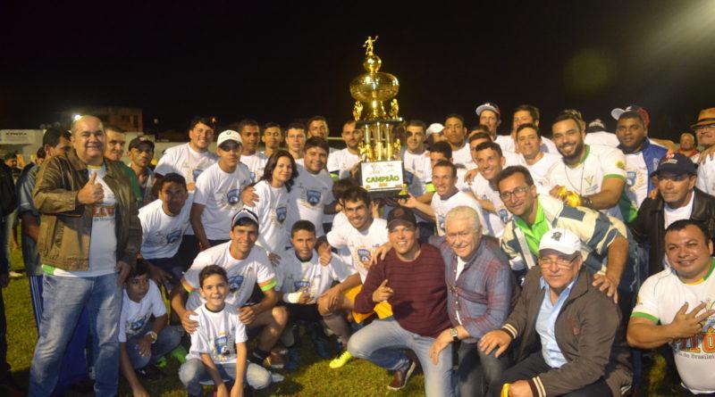 Seleção de Ibirajuba é Campeã da 10ª Copa Cupira Pitú de Futebol