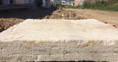 Obras de saneamento e pavimentação contemplam oito ruas no bairro da Liberdade