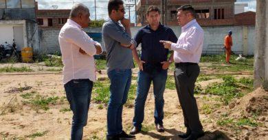 Deputado FederalFernando Rodolfovisita Cupira e conhece obras do município