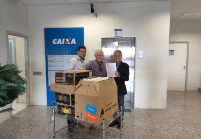 Cupira é beneficiada com oito computadores,  parceira do Governo Municipal com a CAIXA