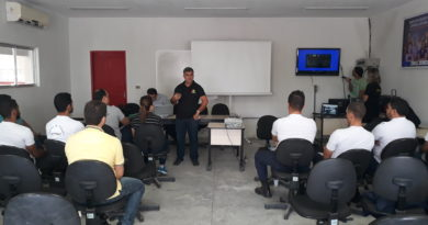 Agentes de trânsito e guardas municipais participam de curso de qualificação profissional