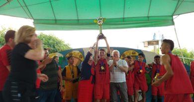Escola Abdias João Inácio é campeã dos jogos intercolegiais das escolas públicas municipais