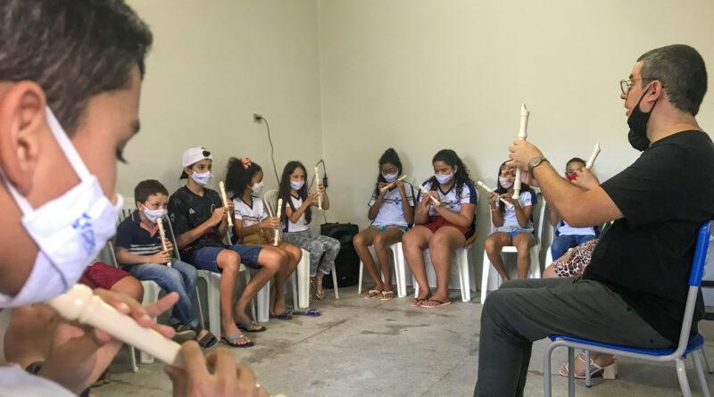Cupira implanta projeto de educação musical nas escolas municipais