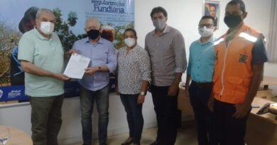 Cupira assina termo de adesão ao Programa Propriedade Rural