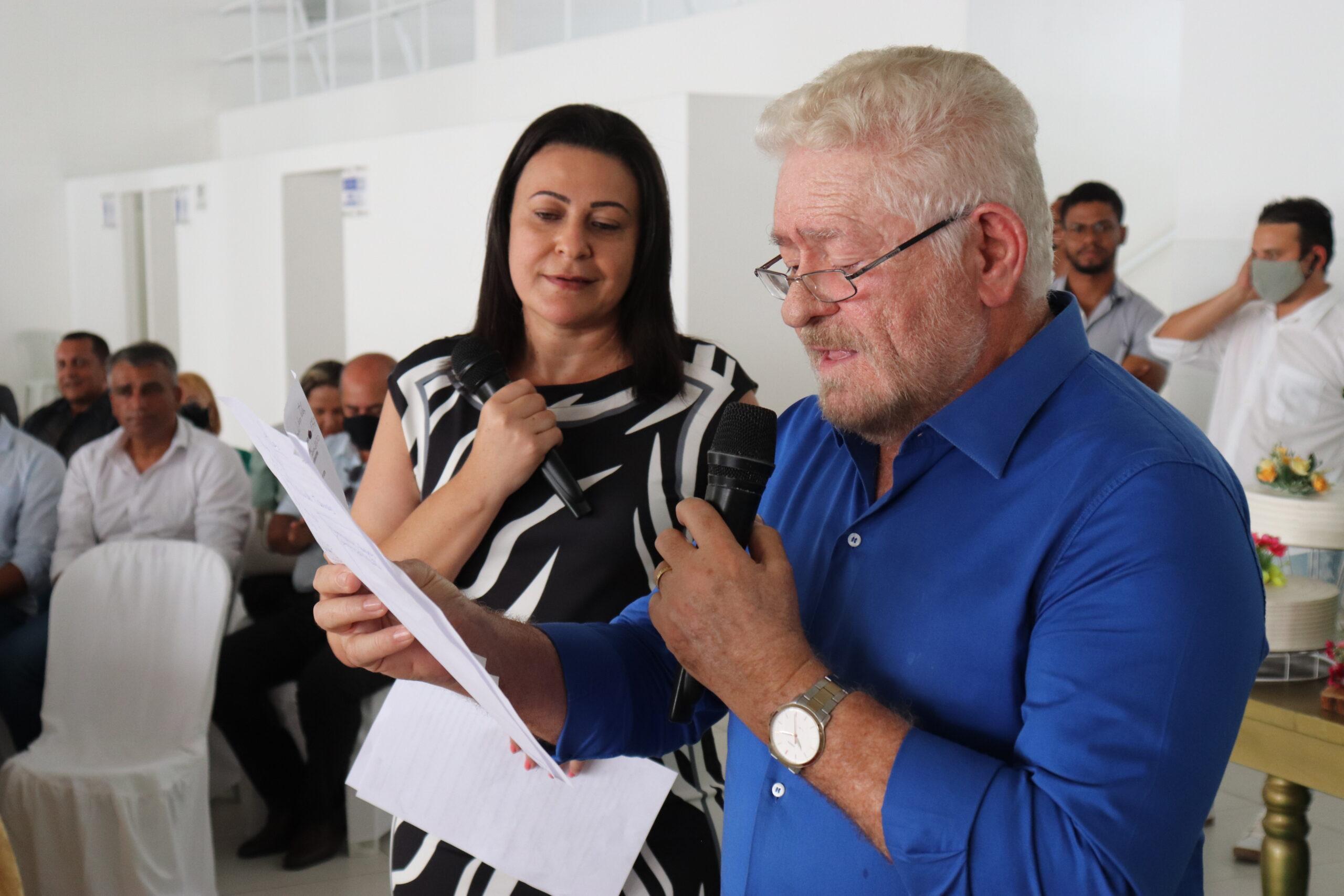 Cupira comemora dia dos professores e prefeito anuncia investimento orçado em mais de três milhões de reais para educação